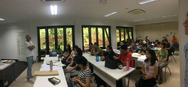 Nigel Tucker lectures to senior managers from Singapore's National Parks Board